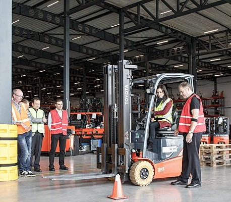 on the floor forklift training